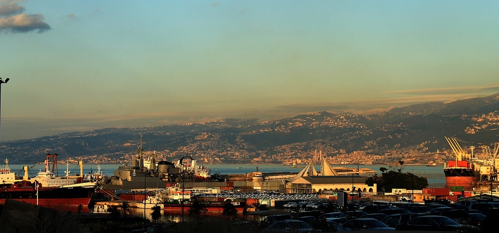 In Lebanon, academics head discussions for how to ensure extractives become a blessing